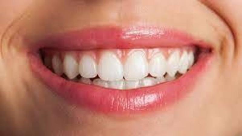 Denti Con Ipoplasia Smalto Dentale
